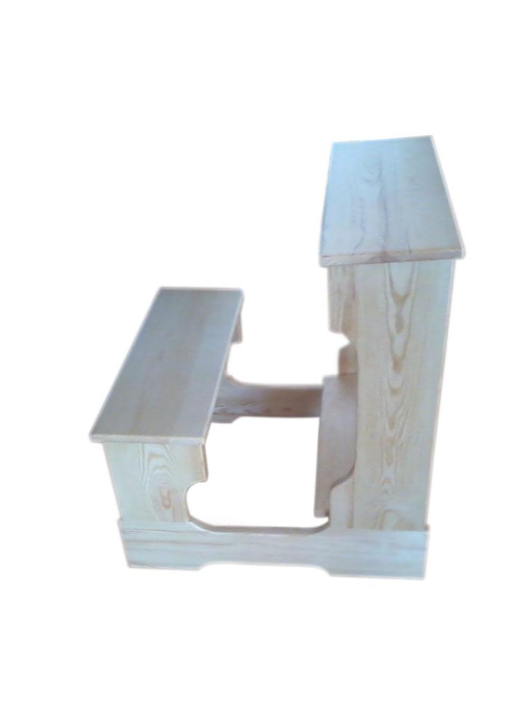 Klęcznik z siedziskiem sosnowy bez obicia